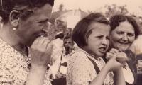 Gartenfest 1958, Bratwurst schmeckt immer