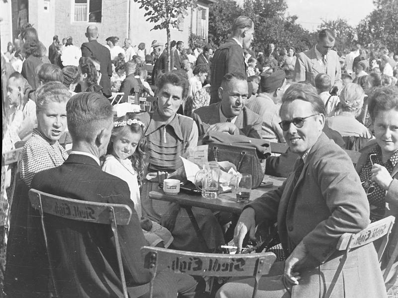 Sommerfest im Jahr 1954